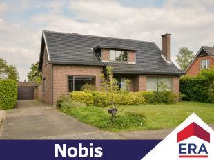 Rustig gelegen woning met 3 slaapkamers op een ruim perceel van 18are 6ca en gelegen in een groene omgeving te Sint-Lambrechts-Herk.De woning heeft ee