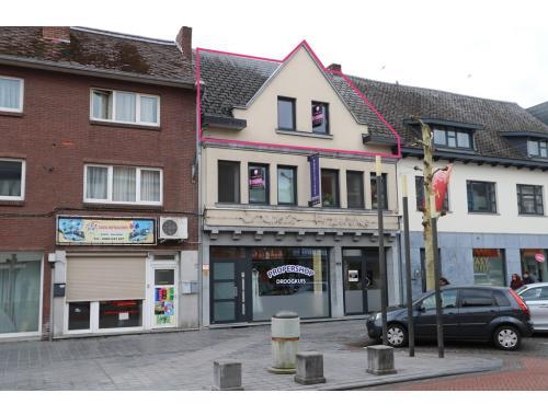 Appartement te koop in Maasmechelen, € 119.500