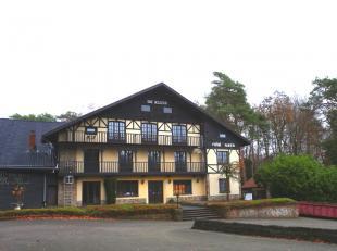 Hostellerie 'De Kluis', een gekend historisch en waardevol begrip in Limburg! Gelegen op een toplocatie vlakbij Circuit Zolder.<br /> <br /> Het gebou