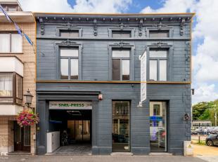 In de Hasseltsestraat , pal in het centrum van het historische mooie stadje Diest, staat dit ruime duplex appartement te huur. Het gaat om een apparte