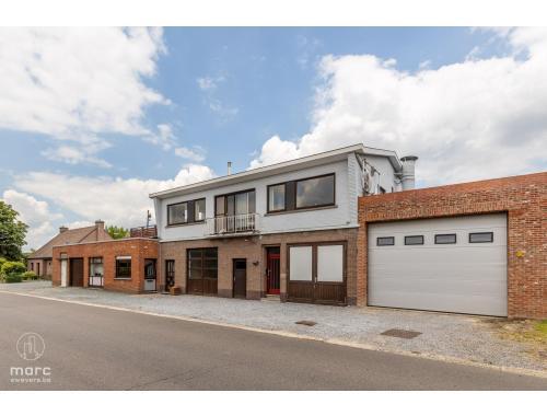 Atelier te koop in Stevoort, € 410.000