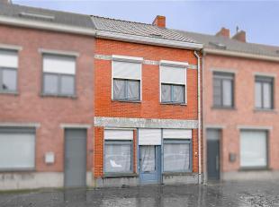 Zoek je een uitstekend gelegen, te renoveren woning met 3 slaapkamers en een zonnig tuinje in het centrum van Sint-Kruis? Lees hier dan zeker even ver