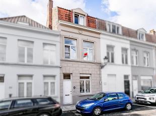 Fijn en aangenaam wonen in de Brugse binnenstad (3slpk).<br /> STARTPRIJS: Elk bod boven deze startprijs wordt voorgelegd aan de eigenaars, die al dan