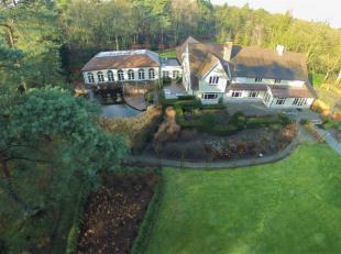EXCLUSIEF DOMEIN MET SCHITTERENDE VILLA  LANGS DE ANTWERP GOLF CLUB<br /> Deze uitzonderlijke villa heeft een bewoonbare oppervlakte van ongeveer 1.00