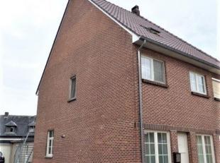 Het betreft een dakappartement, rustig gelegen in het centrum van Linde-Peer.<br /> Het appartement bevindt zich op de tweede verdieping en is toegank