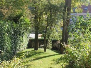 Visserijstraat 196 te Ukkel, in een groene woonwijk, ideaal gelegen tussen de Jean Monnet Franse School en de Europese School, in de buurt van de faci