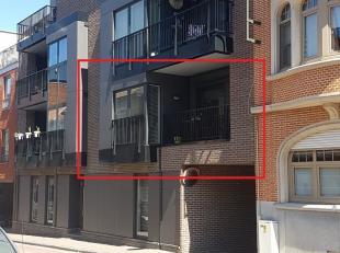 Prachtig afgewerkt appartement, gelegen op wandelafstand van Genk - Centrum.<br /> <br /> Het appartement bevindt zich op de eerste verdieping van de