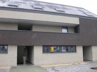 Appartement met 2 slaapkamers en terras met tuintje<br /> <br /> Indeling: inkomhal, woonkamer met open keuken, berging, 2 slaapkamers, badkamer, toil