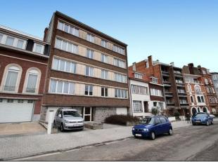 A PARTIR DE 220.000 EUROS LE LOT AVEC LE GARAGE BOX ET LA CAVE!!! Plus que 2 lots (1er étage gauche et 4ème étage droit) sur 8 &a