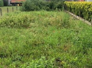 Centraal gelegen grond in woongebied an 436m² te Nijlen. Is zeer gunstig gelegen op rustige locatie nabij centrum van Nijlen. Stedenbouwkundige v