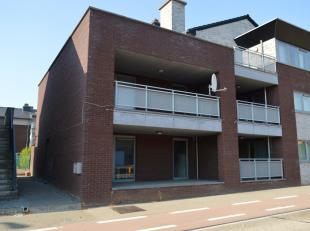 Ruim duplex-appartement, gelegen in het centrum van Korspel-Beverlo. Het appartement heeft een zeer gunstige ligging doordat het gelegen is nabij het