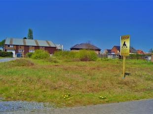 Zeer mooie open bouwgrond, gelegen op de Onderwijslaan 31 te Diepenbeek op enkele minuten van het centrum. Nabij scholen, winkels, openbaar vervoer, d