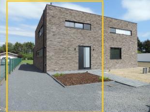 Deze prachtige nieuwbouwwoning is rustig gelegen in De Uitpalingen nummer 9 te Heppen. De woning heeft een bewoonbare oppervlakte van +/- 170m² e