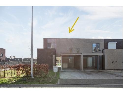 Maison unifamiliale à vendre à Hechtel-Eksel, € 259.000