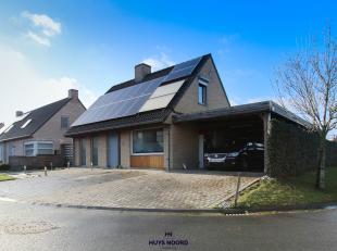 WINGENE - We vinden deze ENERGIEZUINIGE gezinswoning (EPC 92) in een rustige verkaveling op enkele minuten stappen van Centrum Wingene. Dit eigendom d