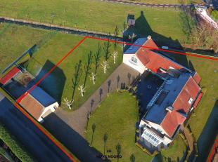Deze moderne villa wordt aangeboden aan een startprijs van 625.000 euro. Elk hoger bod wordt aan de eigenaar voorgelegd ter goedkeuring. <br /> <br />
