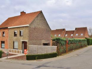 Deze instapklare eigendom is zeer rustig en tevens centraal gelegen in Zillebeke en omvat een gelijkvloerse verdieping met inkomhal, ruime lichtrijke