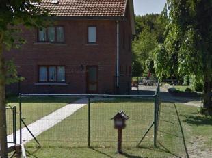 Jan Mathijs Winterslaan 18 - D°VK18-031<br /> Het huis beschikt over een ruime tuin en voldoende parkeergelegenheid.<br /> Inkomhal met houten tra