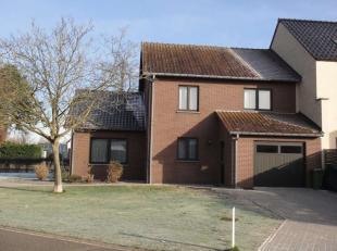 Steenweg 167A - D°099A<br /> Deze ruime woning is gelegen langs de verbindingsweg tussen Diepenbeek en Hasselt.<br /> De indeling van de woning is