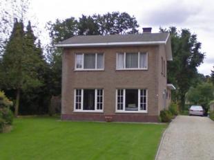 Schabartstraat 26 - D°210A<br /> Inkomhal - Living - Berging<br /> Keuken met kasten, aanrecht, spoelbak, koelkast, ingebouwde kookplaten, oven, d