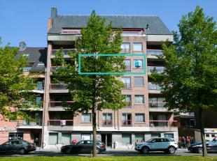Stijlvol ruim appartement te koop met 2 slaapkamers<br /> gelegen aan de wallen van Tongeren op 200m van de Grote Markt.<br /> Het appartement werd