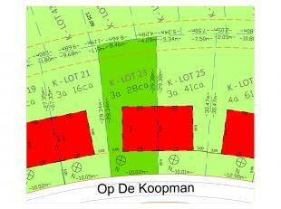 Deze bouwgrond is gelegen op het nieuwe woonerf 'Op de Koopman', een mooie groene omgeving op een steenworp van Bree centrum. Het is een prachtige ple