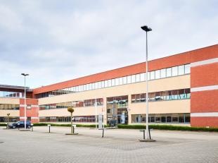 **Rechtstreeks van eigenaar** - Mooie investeringsopportuniteit op het gelijkvloers van een kwalitatief kantoorgebouw dat deel uitmaakt van een kleins