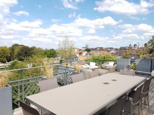 MOLIERE/PROXIMITE PL. BRUGMANN, superbe penthouse de 200 M² avec une terrasse ouest de +/- 40 m² et très belle vue dégag&eacut