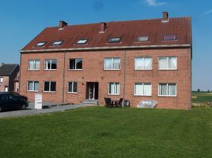 3 slaapkamers<br /> berging<br /> kelder<br /> garage<br /> gemeenschappelijke tuin<br /> 2e verdieping<br /> <br /> landelijke omgeving<br />