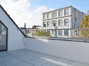 Klassevol, eigentijds penthouse met terrassen aan zowel de voor -als achterzijde, gelegen in een bruisende, trendy wijk op een boogscheut van het Eila