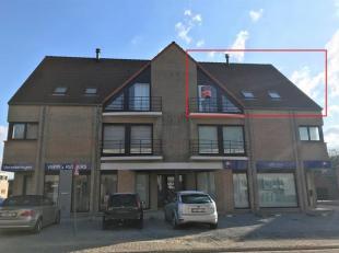 Dit appartement op de 2° verdieping (rechts) is als volgt ingedeeld : inkomhal, woonkamer, geïnstalleerde keuken (spoelbak - inductie kookpla