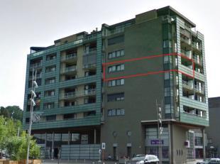Genk, Europalaan 51 bus 41 - Gezellig appartement (97m2) op de vierde verdieping met overdekt terras en kelderberging.<br /> <br /> Stiemer II is ee