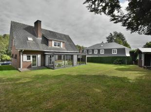 Aangename klassieke villa met een bewoonbare oppervlakte van +/-200m² op een grond van +/-6a50ca gelegen in een residentiële wijk van Jezus-