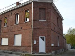 Bien de rapport comprenant :<br />  Une maison au rez-de-chaussée: (161 m²) Hall dentrée avec vestiaire (2 m²), living (55 m&s