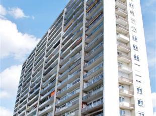 Residentie Zonneweelde:<br /> Gelegen op de 16e verdieping.<br /> Op wandelafstand van de vernieuwde stadskern.<br /> <br /> Indeling:<br /> Inkomhal