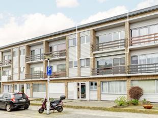 Het te moderniseren appartement bevindt zich nabij twee supermarkten en een sportvereniging.<br /> Er zijn twee slaapkamers, een badkamer, een apart t