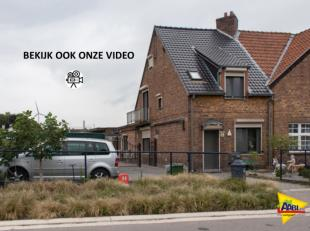 Bekijk ook zeker de foto's , film en plannen op onze site www.AABI.be !!<br /> Op fietsafstand van het centrum van Genk vinden we deze woning en bijho