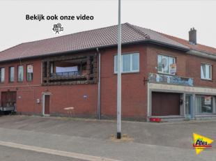 In een woonwijk, dicht bij het park Lindeman, in Heusen Zolder vinden we het gebouw met handelspand en 2 appartementen terug. Deze appartementen zijn