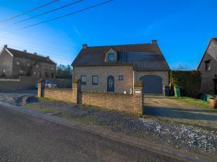 Entre Pont-a-Celles et Courcelles, découvrez cette belle villa idéalement située dans un cadre verdoyant avec vue sur les champs