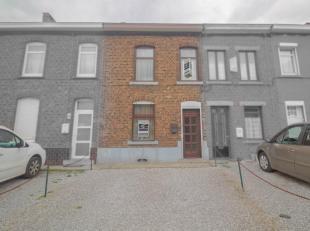Découvrez cette belle maison saine sur 5,50 ares comprenant 2 chambres avec grenier aménageable et jardin proche de toutes commodit&eacu
