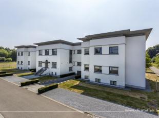 Dit design villa-appartement is gelegen te midden van de historische omgeving van Oud-Rekem, in een gebouw dat deel uit heeft gemaakt van de voormalig