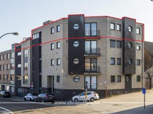 Dit penthouse is gelegen op de 3de verdieping van residentie Via Roma, op enkele minuten van Maastricht. Het penthouse van 155m² beschikt over 2