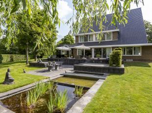 Deze villa van 523m² is gelegen op een perceel van 2.736m² in de rustige omgeving van Kanne, een deelgemeente van Riemst en slechts 5 minute