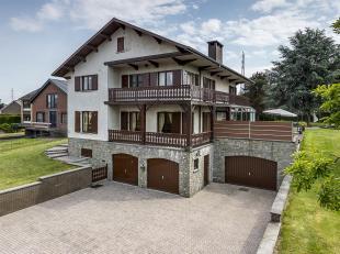 Deze woning van 292m² is rustig gelegen op een perceel van 2.994m² in het landelijke Gellik, een deelgemeente van Lanaken. De grote kelderve