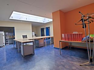 Venez découvrir ces spacieux bureaux de 130m² en plein centre d'Arlon. Les bureaux se situent au rez-de-chaussée et offrent une tr&