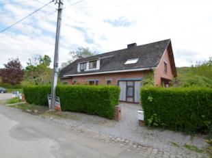 Neem contact met ons op voor meer informatie over dit eigendom HONESTY biedt jou deze charmante woning in Han-sur-Lesse. Dichtbij handels, wandelen..Z