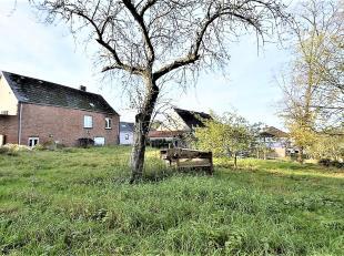 Honesty vous propose cette maison située au cur du village d'Awenne et sise sur un terrain de 7a42ca. Vous y trouverez de beaux espaces &agrave