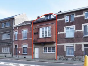 Deze woning is grotendeels voorzien van ramen met dubbele beglazing en omvat maar liefst 4 slaapkamers. <br /> <br /> De woning is  onderkelderd, en