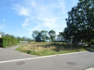 Perceelsoppervlakte : 13a 07ca / 1307 m²<br /> Perceelsbreedte : loopt vanaf de straat breder uit zoals vermeld op verkavelingsplan, straatbreedt