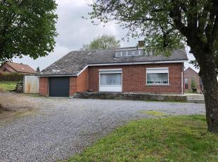 Dans le village de Baillonville , au bout d'une impasse, cette maison de plain pied est disposé sur un terrain de plus de 7 ares!Proposant plus